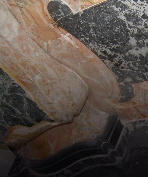 img-vert-sezione-home-marmo-colonna-restauro-piacenza